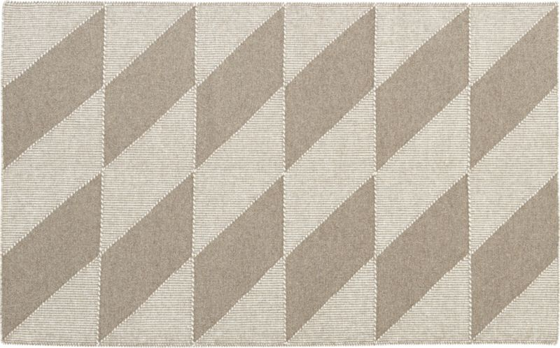 side diamonds rug 5'x8'