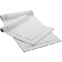 smith white bath mat and runner