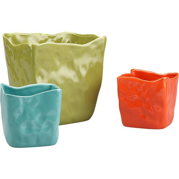 vaso planters in outdoor decor and accessories | CB2