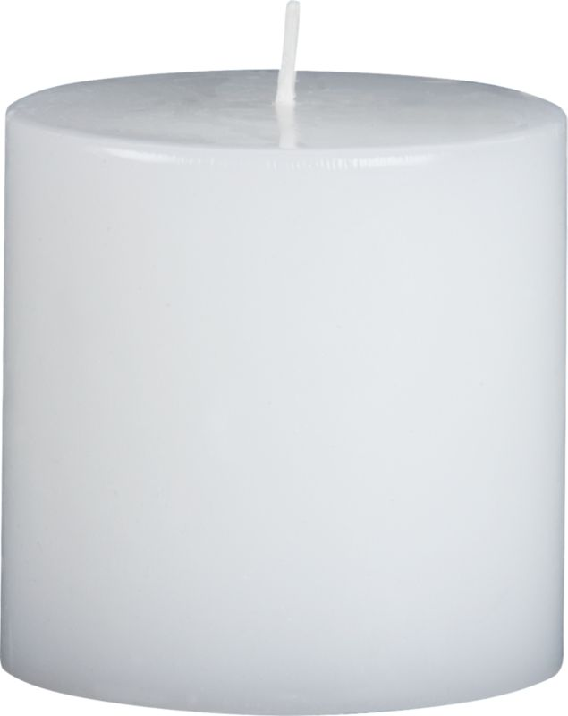 WhitePillarCandle3x3F7